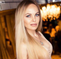 See Curly_Goldie's Profile