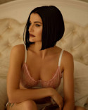 hottest_painter female from Ukraine