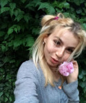 Sweettgirl19 female from Ukraine