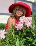 See profile of Larisa7